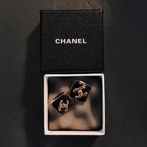 Vintage Chanel logo clip on earrings